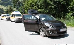 Verkehrsunfall fodert zwei Verletzten in Stumm