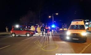 Schwerer Verkehrsunfall auf Dorfstraße - Stumm