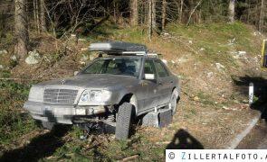 Auto beschädigte Ampelanlage auf B165 schwer - Gerlos