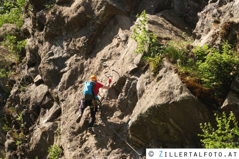 Klettersteig Huterlaner : Bergrettungseinsatz beim klettersteig u ehuterlaneru c in schwendau